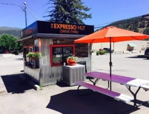 expresso hut building / drive through station