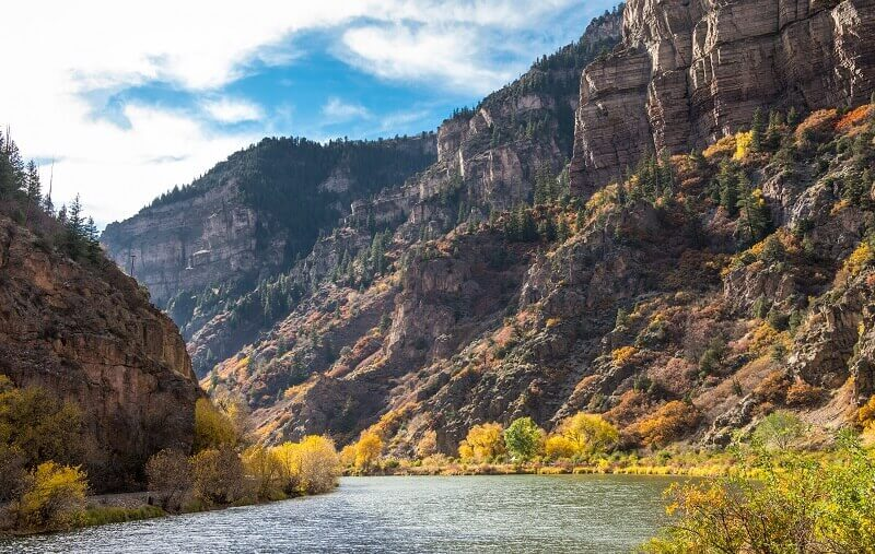 glenwood canyon and colorado river